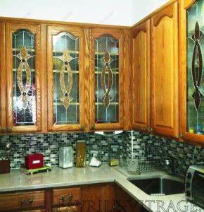 Витраж в кухонных фасадах